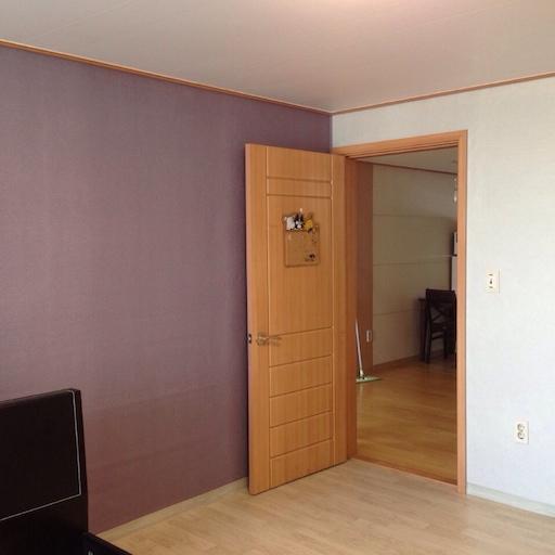 침실의 포인트벽지도 골라준 것이 마음에 들었다